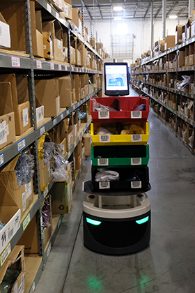 Four Benefits of Robots in Your Warehouse   GEODIS