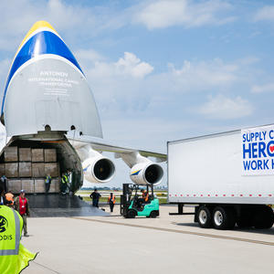 GEODIS delivers 13 million masks to the U.S. with the help of an Antonov AN-124 aircraft