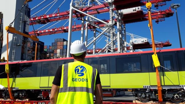 From Valenciennes (France) to Hanoi, GEODIS transports Alstom metro cars